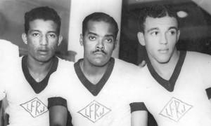 Zizinho, Leônidas e Jair, símbolos do negro e do mestiço no futebol brasileiro