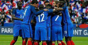 Franceses comemoram o segundo gol da vitória contra a Romênia por 2 a 1 na Eurocopa de 2016 (foto reprodução)