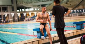 O nadador Al-Hussein atuará nas Paralimpíadas (Foto: UNHCR/Achilleas Zavallis)