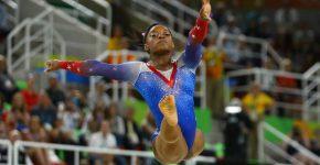 Simone Biles (Foto: Mike Blake/Reuters)