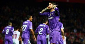 Sergio Ramos provocou torcida do Sevilla após fazer gol (Foto: Aitor Alcalde/Getty Images)