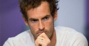 Andy Murray não riu após a correção (Foto: Joe Toth - AELTC Pool/Getty Images)